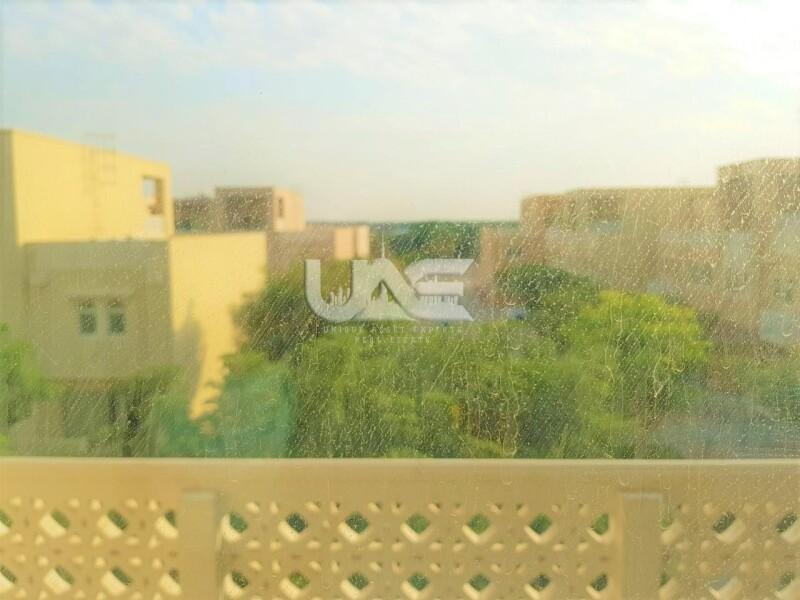 Beautiful Garden View 3 Bedroom Townhouse in Badrah