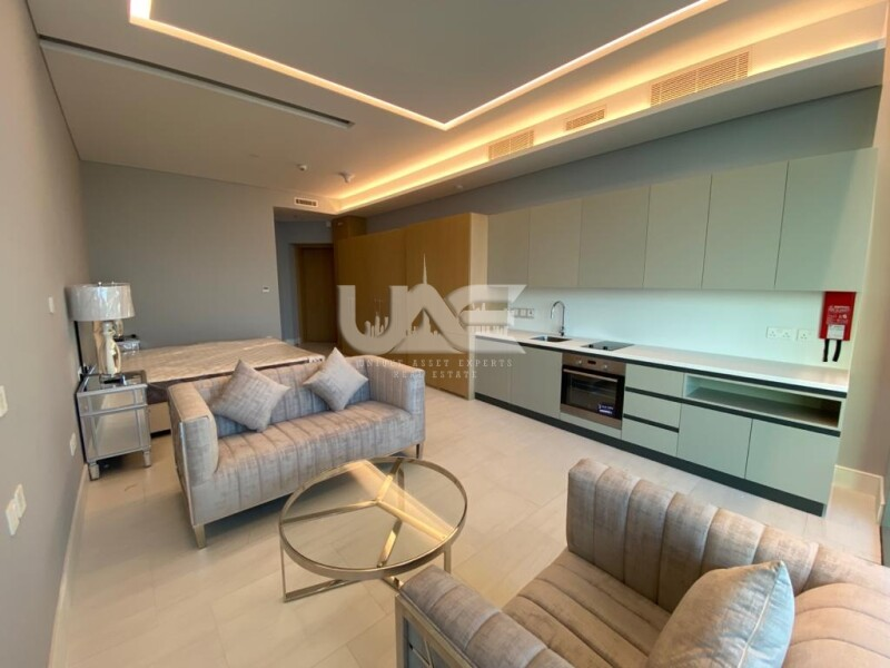 EXPERIENCE THE LIFE IN A 5 STAR LUXURY RESIDENTIAL TOWER - BUSINESS BAY