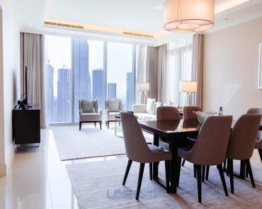 Luxury 2 Bed serviced Apt| Ideal Location| Corner Unit