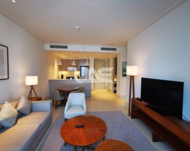 Vacant Furnished 1 Bed Apt| Mid Floor| Luxury Living